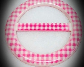 vintage pink and white plaid design plastic t-shirt buckle slide made in Taiwan