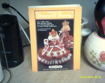 """Queen of Hearts Crochet for 10.5"""" Dolls by Fibre Craft"""