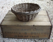1950's round Wicker small basket / small french basket handmade vintage / old and solid manufacturing