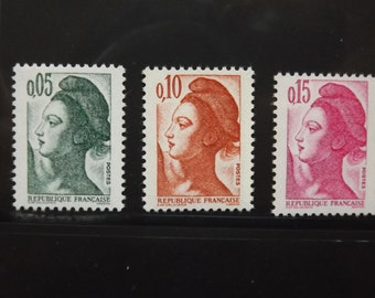 1983 french stamps / stamp Cabinet new multicoloured Marianne / Stamp Collection / philatelic Service of the channel