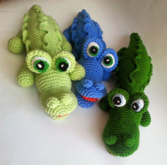 Crocodile amigurumi knitted toys