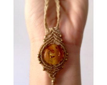 Macrame Amber Stone Necklace