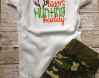 Daddy's Hunting Buddy; Boy Onesie; Baby Boy Bodysuit; Country Onesie; Hunting Onesie