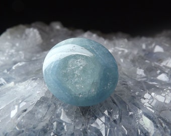 100% Natural Aquamarine gemstone 12.10ct