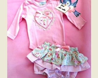 ON SALE Baby girl, Baby girl's  Bloomer Set, Pink  Heart appliqued bloomer and onsie set, 30% 0ff, Size 3 – 6 months. Ready to be shipped