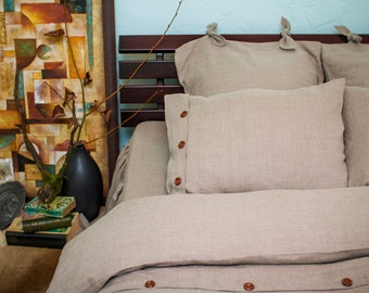 100%  Linen pillowcase with wooden buttons