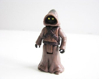 1997 Star Wars Vintage Jawa with Glowing Eyes Action Figure from Kenner Hasbro