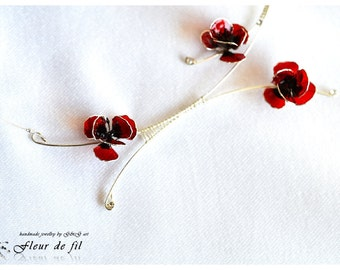 Necklace Poppies