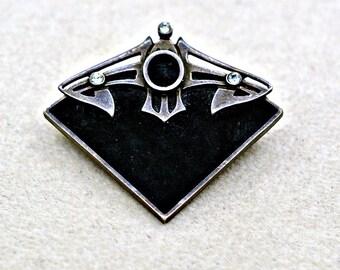 Vintage Sterling brooch