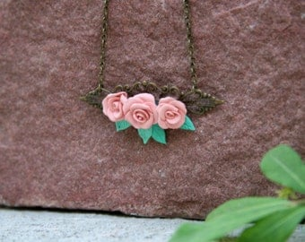 Vintage Pale Pink Rose Necklace