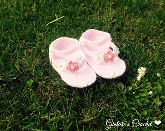 Gorgeous crochet Girls sandals