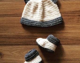 Baby beanie & booties