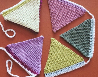 Crochet triangle bunting