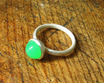 Rare Chrysoprase and Silver Ring