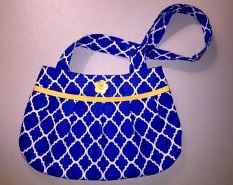 Blue, white, and yellow pleated purse