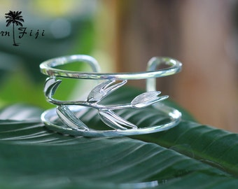Sterling Silver heliconia flower bud bangle