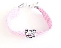 Pink gingham bracelet for Children.