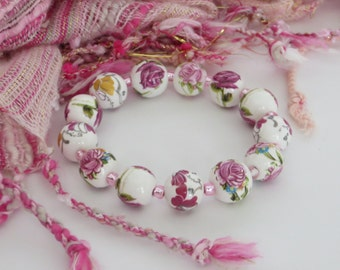 Pink Bead Bracelet / PINK Flower CERAMIC Bead Bracelet / Rose Bracelet / Pink Bracelet / Stretchy Beaded Bracelet - Fantastic 143