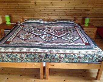 Large blanket Pansy Park, 267/216 cm