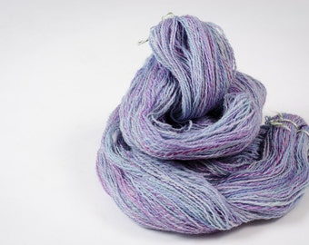"""606 Yards DK weight - Hand Spun and Hand Dyed 100% Wool Yarn, in """"Violet"""" Colorway"""
