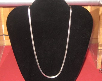 Amazing silver necklace 925 18 inches long