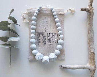Teething Necklace nursing necklace - Marble