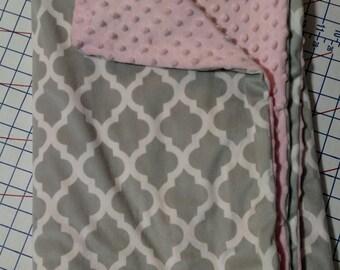 Grey minky baby blanket taggie set