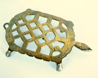 Brass Turtle Trivet Island Beach