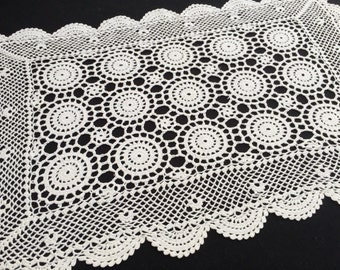 Large Oblong Crocheted White Cotton Vintage Lace Doily or Placemat. Small Vintage Table Runner. Oblong Lace Doily. RBT0968