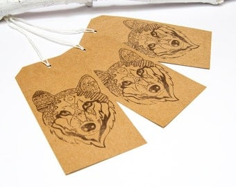 Sonya Tribal Wolf Gift Luggage Tags (Brown Wolf)