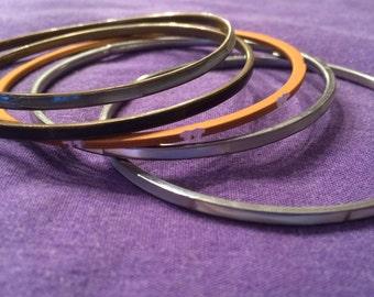 Vintage Set of five bangles