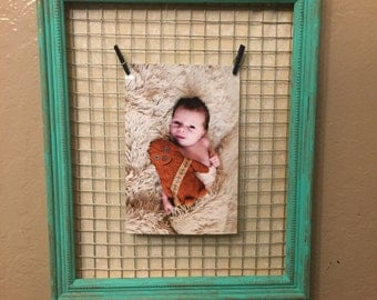 Picture Frame with Wire Mesh 8 x 10