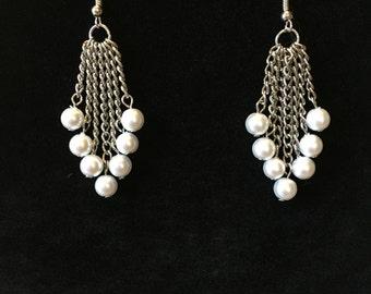 Snow Pearl earrings