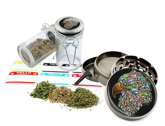 "Eagle - 2.5"" Zinc Alloy Grinder & 75ml Locking Top Glass Jar Combo Gift Set Item # 110514-0024"