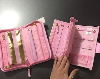 Planner accessories holder