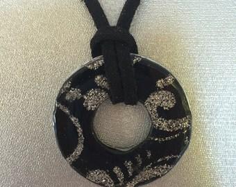 Decorative washer pendant necklace