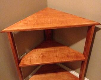 Corner shelf - Maple and Oak