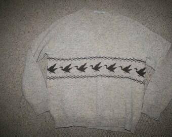 St. Marys Woolens 100% Wool Duck V Neck Sweater M/L