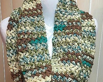 Brown Cream Turquoise Cowl Scarf, Chunky Crochet Cowl, Beige Cowl, Cream Cowl Scarf, Crochet Scarf, Crochet Cowl Scarf, Gifts for Her