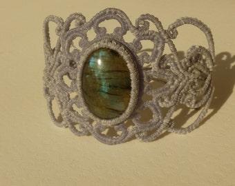 Labradorite macrame bracelet, gemstone bracelet, macrame jewelry, Hippie bracelet, macrame Armlet, macrame stone.