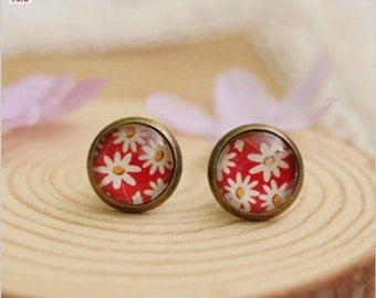 Spring Red and White Floral Daisies. Handmade Vintage Boho Glass Stud Earrings. Jewellery Gift for Women, Girlfriend, Wife, Fiancee, Girl.
