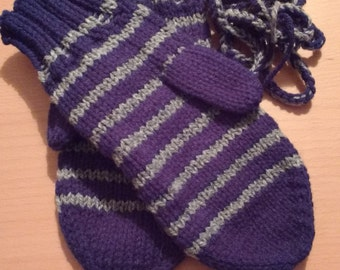 Mitts underlining with cords