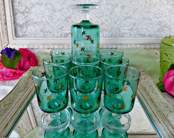 Vintage French 70s Set of 10 Cavalier Pattern Green Turquoise Aquamarine Glasses from Luminarc, Golden Leaves Design, Made in France