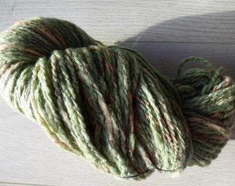 Handspun superfine Merino wool - 87 gram - sage green and beige blend