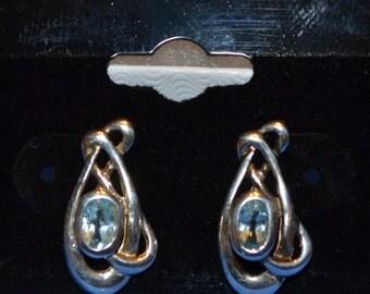 E-012: Solid Sterling Silver Aqua Blue Gemstone in Knot Design Earrings