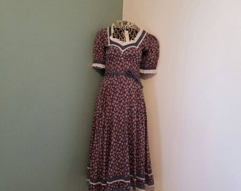 Vintage ladies Gunne Sax Prairie sun dress medium