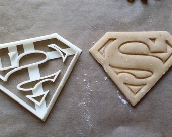Cookie Cutters: Superman Cookie Cutter,Superhero Cookie Cutter,Batman, Robin,Boy Wonder, Party Supply, Birthday, Children Party, Child Party