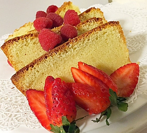Old Fashioned Pound Cake With Crunchy Top