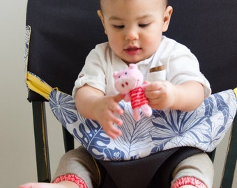 Baby, the nomadic Chair travel accessory!