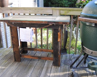 Pallet wood BBQ table